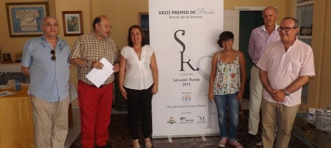 Juan José Alcolea, ganador del XXIII Premio de Poesía Rincón de la Victoria in memoriam Salvador Rueda por el poemario `Pinceladas de una luz desconcertada´