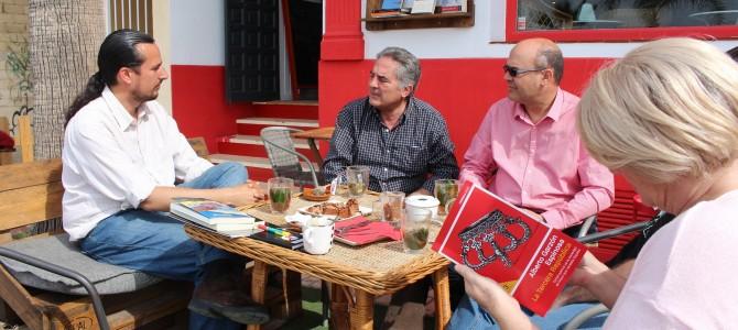 IU Rincón de la Victoria libera 40 libros en distintos puntos clave del municipio para conmemorar el Día Internacional del Libro