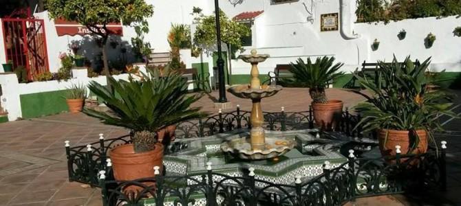 El Gobierno de Rincón organiza el Pleno conmemorativo del Día de Andalucía en la Plaza de las Flores de Benagalbón