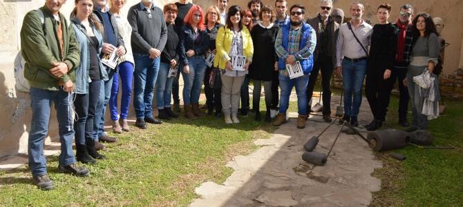 La Casa Fuerte Bezmiliana de Rincón de la Victoria acoge la exposición de cerámica artística de la Escuela de Arte San Telmo